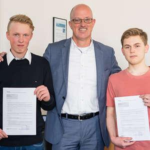 Unterzeichnung Ausbildungsvertrag